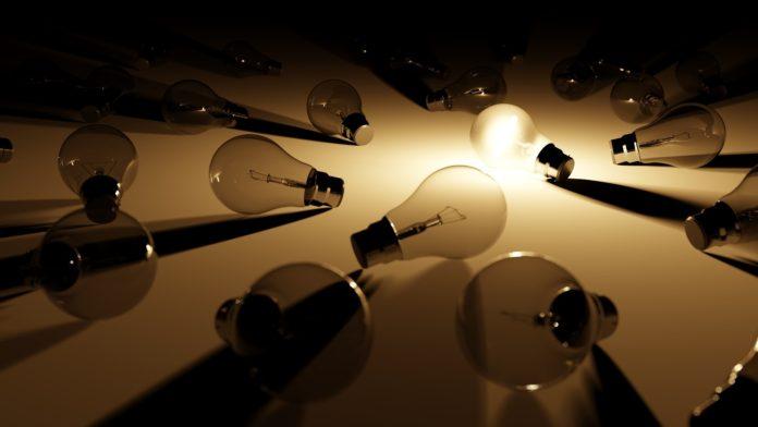 Manteniendo la lámpara encendida