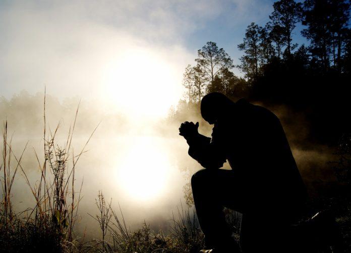 A Dios no se le conoce solo asistiendo aculto