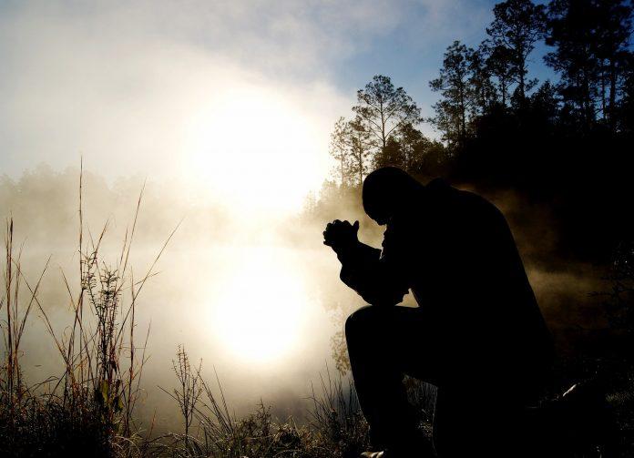 Cómo podemos hablar con Dios
